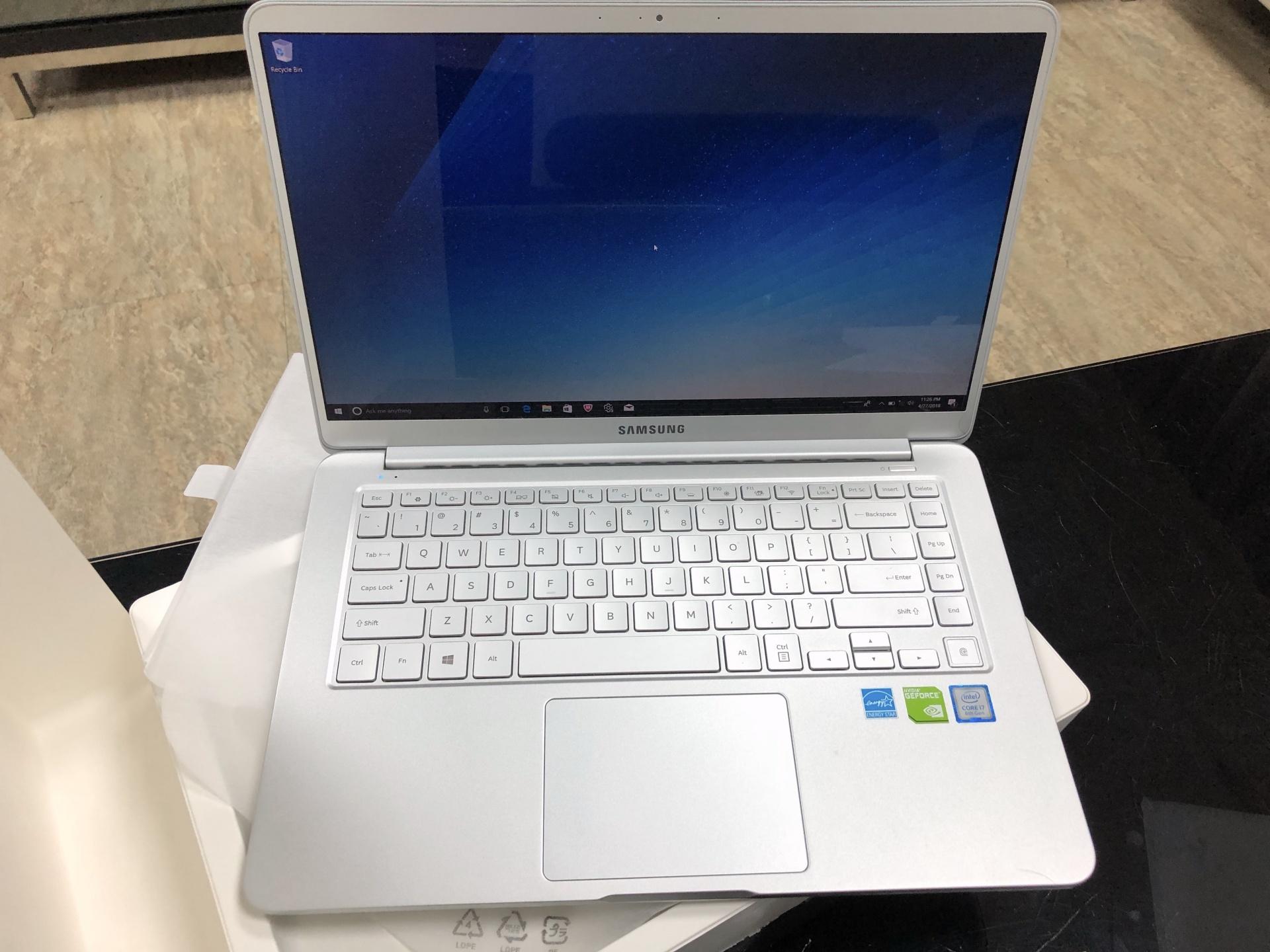 超輕薄Samsung Notebook 9 always 15吋獨顯筆記型電腦開箱與NVME改裝